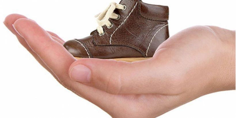 vybiraem zimnjuju obuv dlja malysha